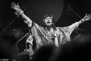 CRYSTAL FIGHTERS 2019, DelfínJSF